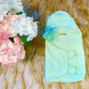 💕👶🏼NEWBORN BABY LIGHT GREEN BATH ROBE/COVER👶🏼